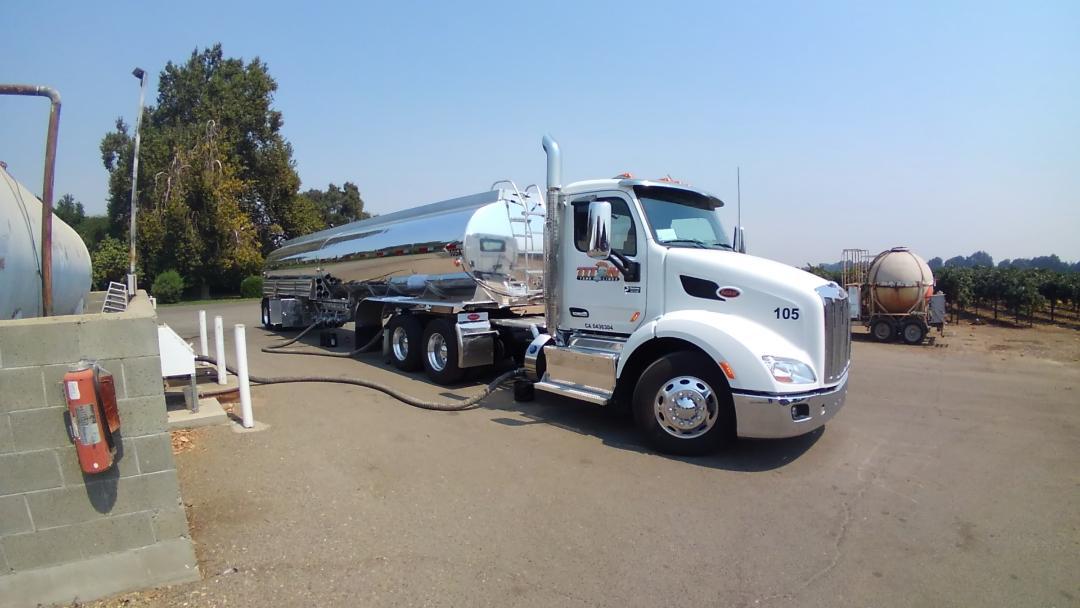 bcf1b1a7-ea81-4b06-89b9-e4792c5a3997Titan Truck 10